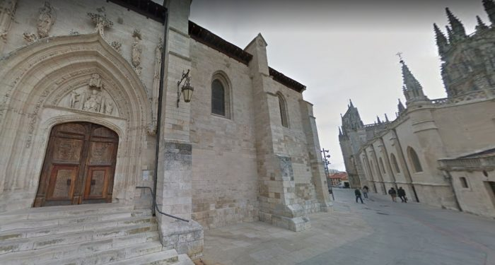 Iglesia de San Nicolas de Bari by Hykso623 via Wikipedia CC