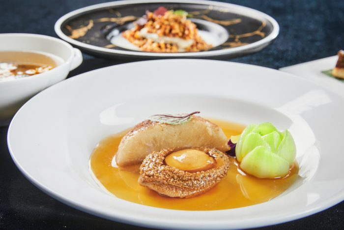 A new Greater China Club Signature Set Menu for four is launched on 11 May 2020, with a choice of two 12-course set menus at HK$1,888 (originally priced HK$2,488), featuring three appertisers, one soup, four main courses, one rice and two desserts