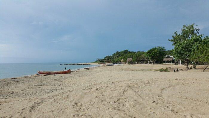 Playa Blanca in Colombia photo via Pixabay