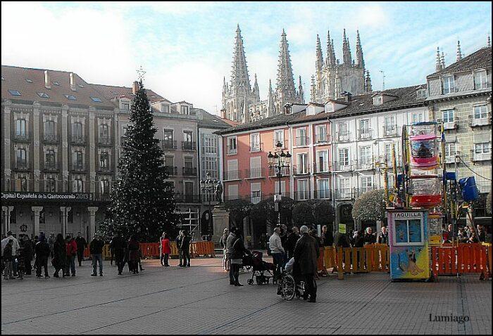 Plaza Mayor in Burgos Spain photo by Lumiago via Flickr CC