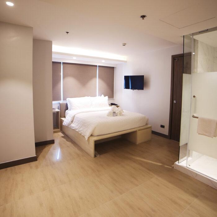 Smart Luxe Room