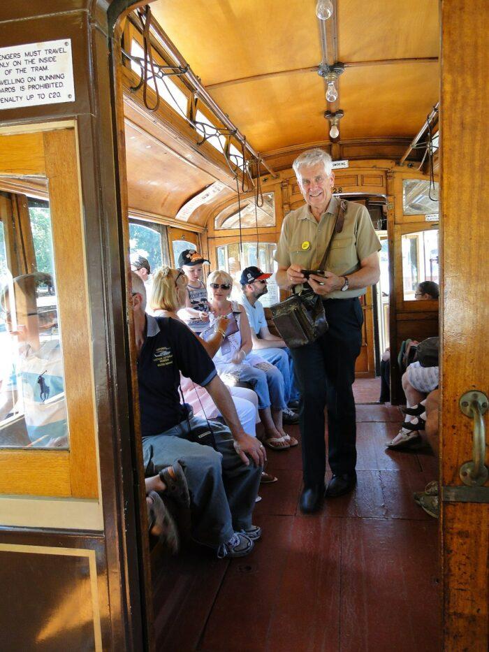 Ballarat Tramway Museum conductor by Peterdownunder via Wikipedia cc