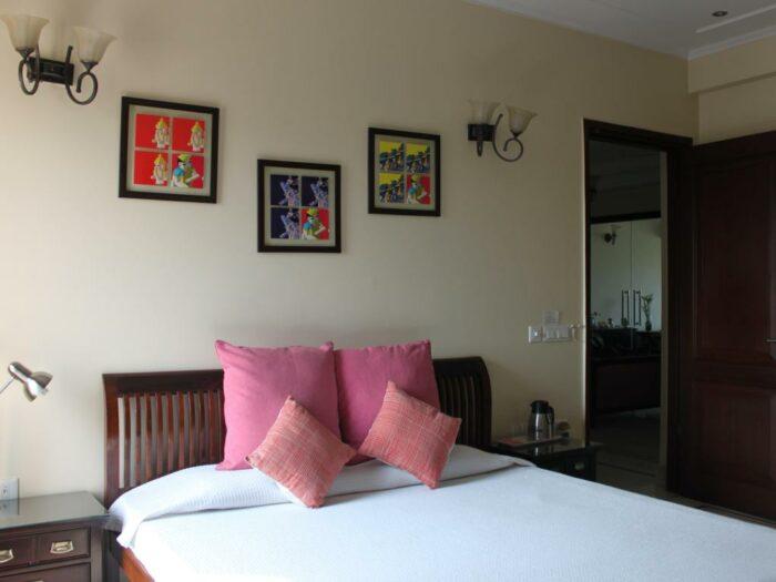 Best Price on Saket Bed and Breakfast in New Delhi