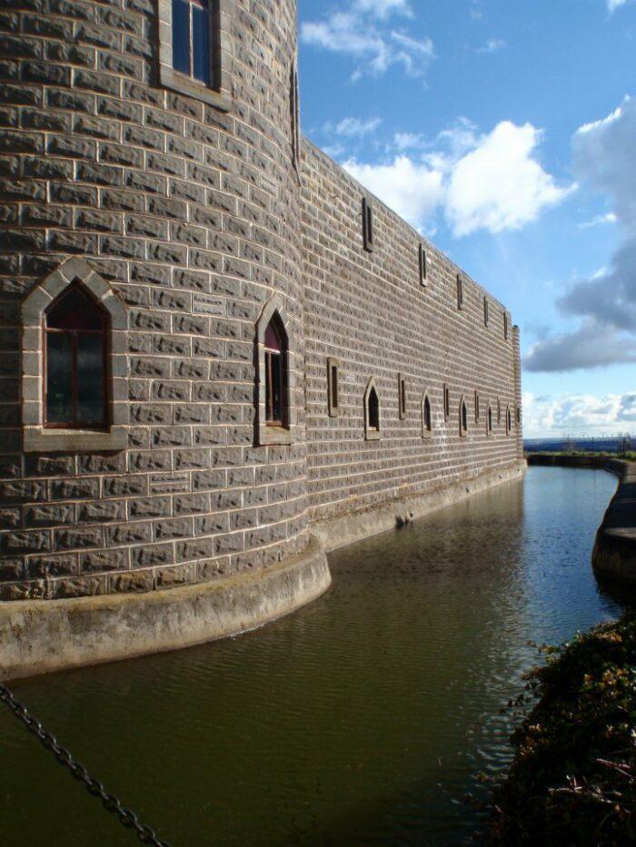 Kryal Castle by Ruby Jane via Wikipedia cc