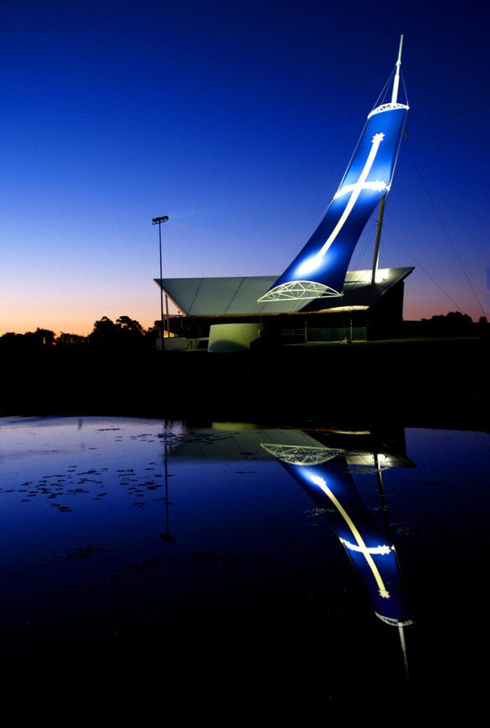 The Eureka Centre at Ballarat, Victoria, at dusk by Steve Lacy via Flickr cc