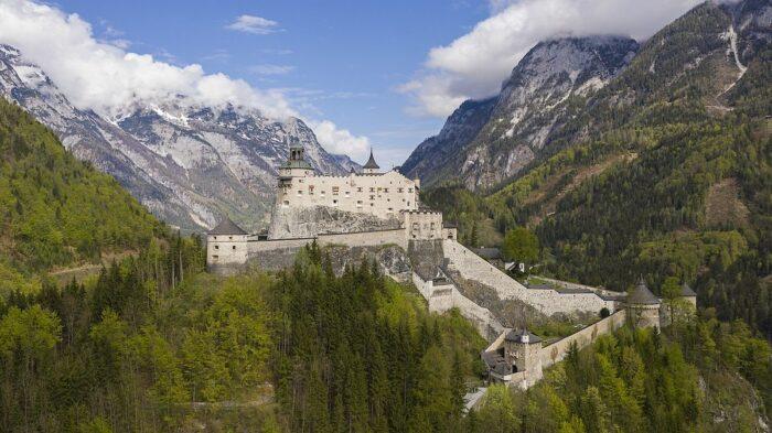 Hohenwerfen Castle by Arne Museler via Wikipedia CC
