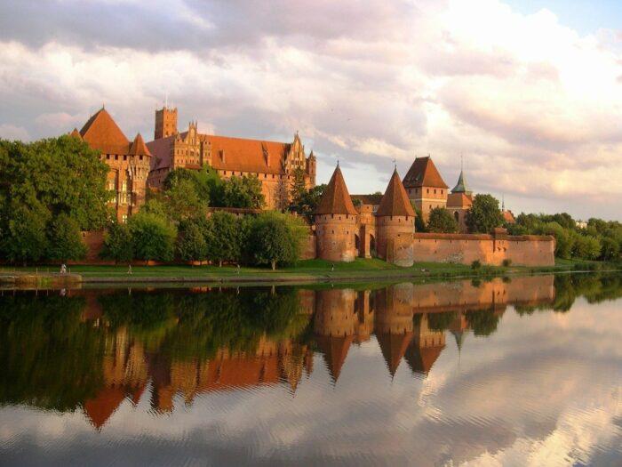 Malbork Castle in Poland photo via Pixabay