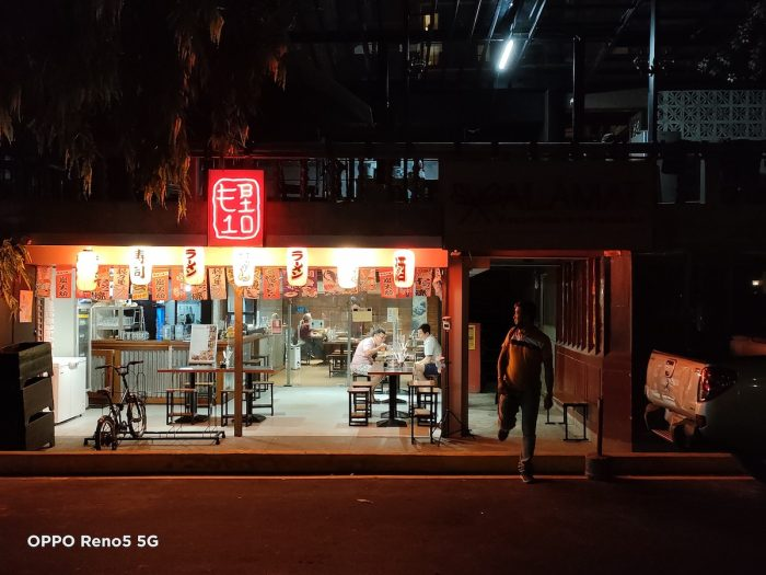 Neon lights blaze in the city, especially around up and coming areas like Poblacion. The OPPO Reno5 5G's 64MP Rear QuadCamera delivers extremely rich details and textures despite low light.