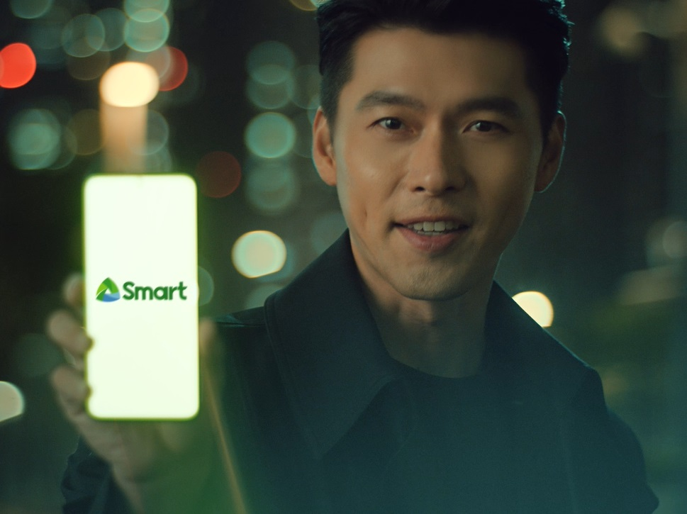 South Korean superstar Hyun Bin Stars In Smarts Newest Commercial.'
