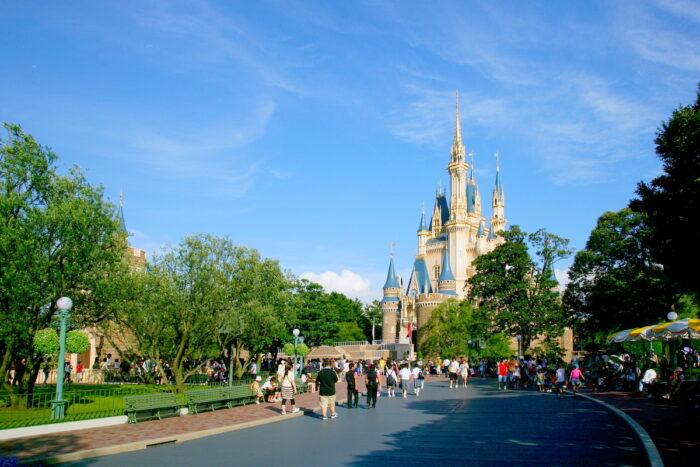Tokyo Disneyland photo via Depositphotos.com