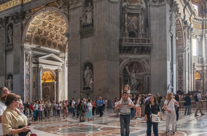 Home.fit You-get-quite-a-big-crowd-inside-any-time-of-the-day.-700x461 Europe Visita Iglesia #7: St. Peter's Basilica in Rome, Italy