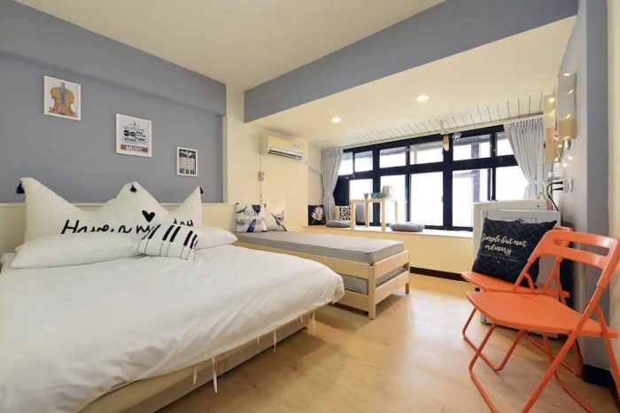 Airbnb for 4 guests near MRT Shandao Temple Station