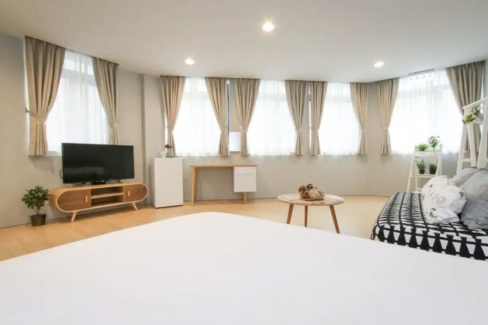 Airbnb serviced apartment in Taipei