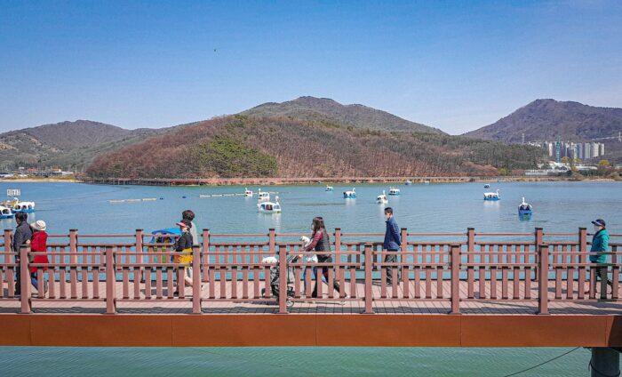 Baegun Lake photo via Korea Clickers FB Page