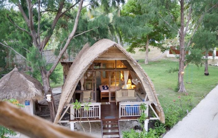 Beachfront Airbnb in Lombok