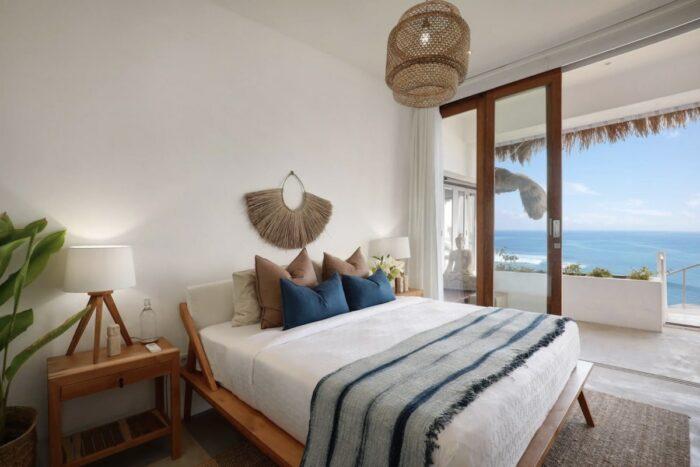 Beachfront Villa in Bali Airbnb