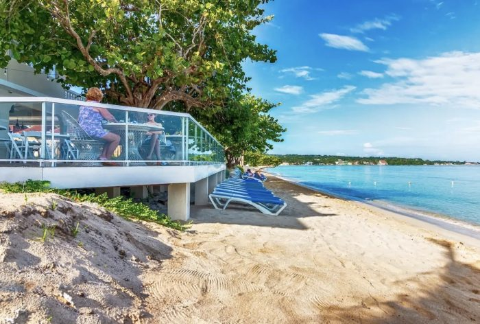 Best Airbnbs in Negril Jamaica