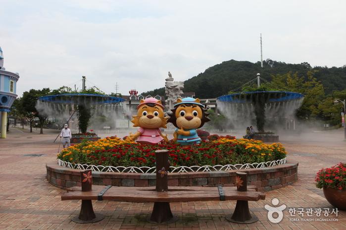 Daejeon O-World photo via VisitKorea