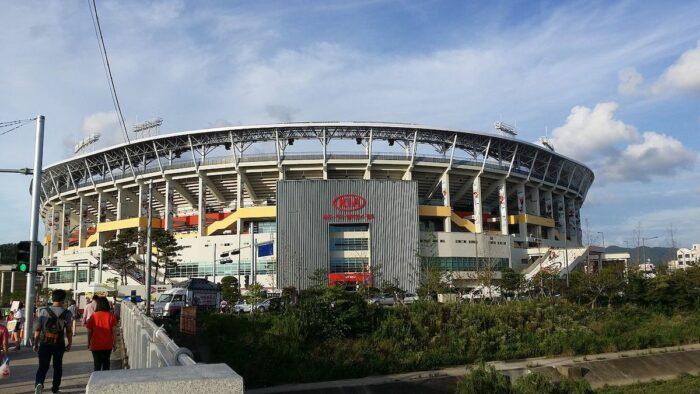 Gwangju Kia Champions Field by Kastrot via Wikipedia CC