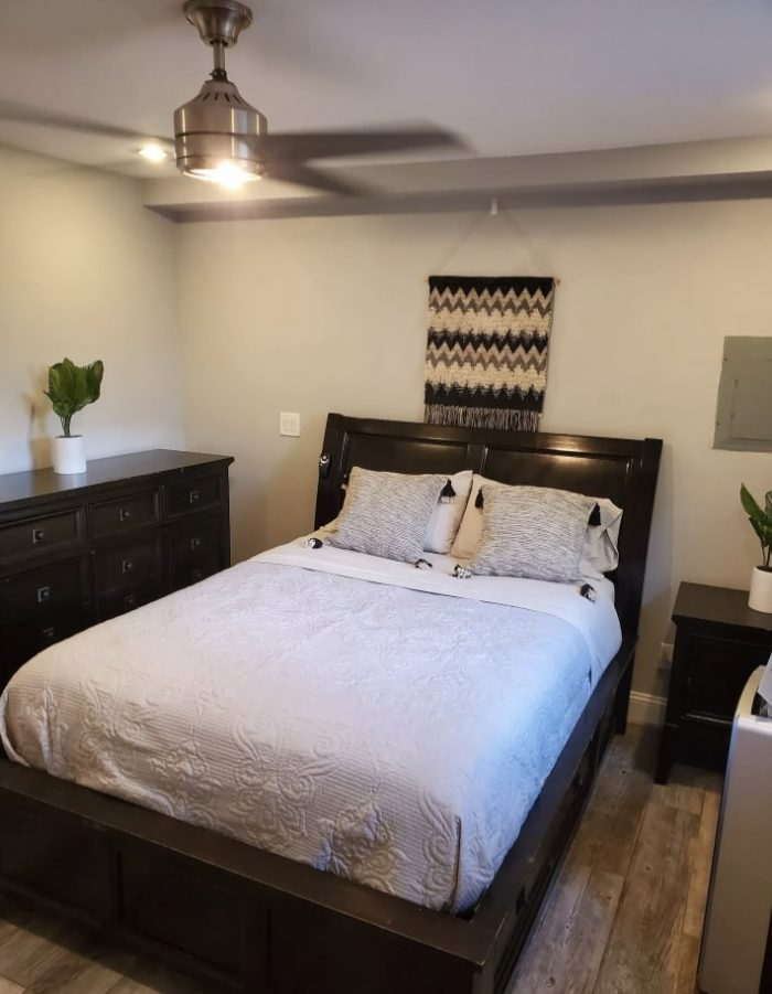Modern apartment in a tradition neighborhood of Throggs Neck which is located in The Bronx