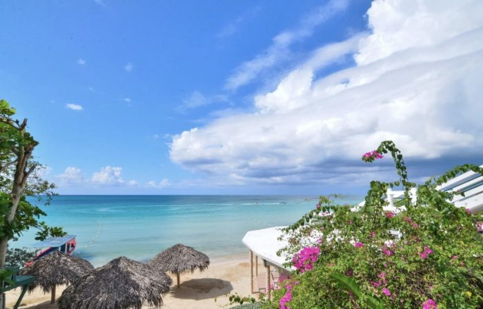 Negril Beach House Condos for rent