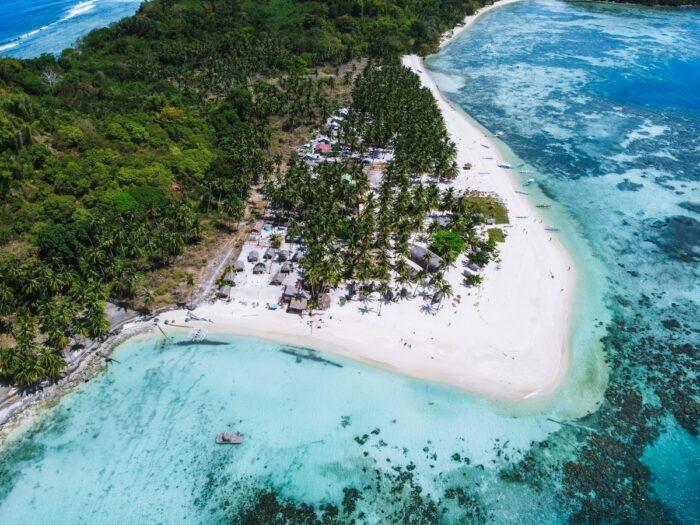 Palawan Best Island in the World 2020 photo by Sebastian Pichler via Unsplash
