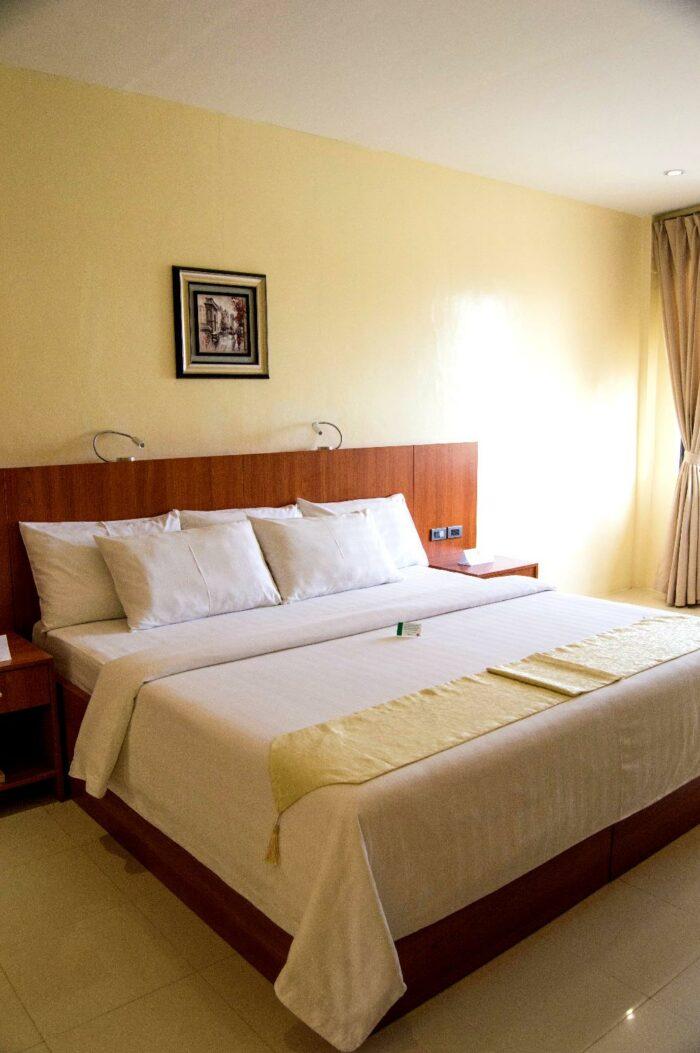 Parkway Hotel in Surigao City