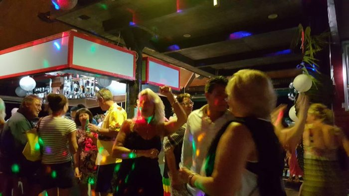 Party all Night at Trader Jacks Rarotonga