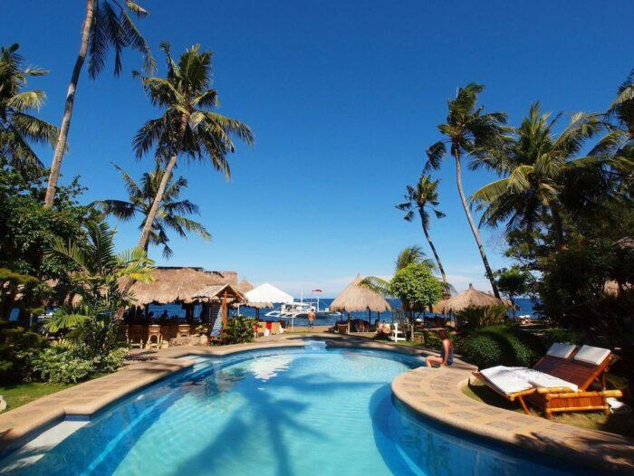 Pura Vida Beach and Dive Resort Dauin