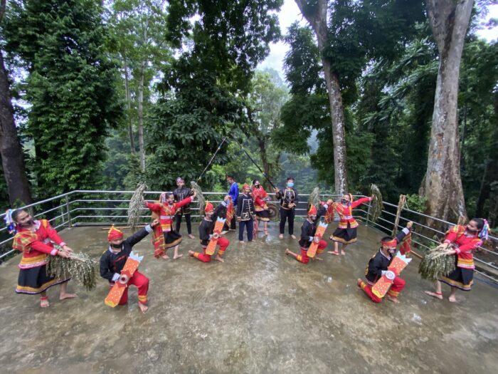Subanen dancers