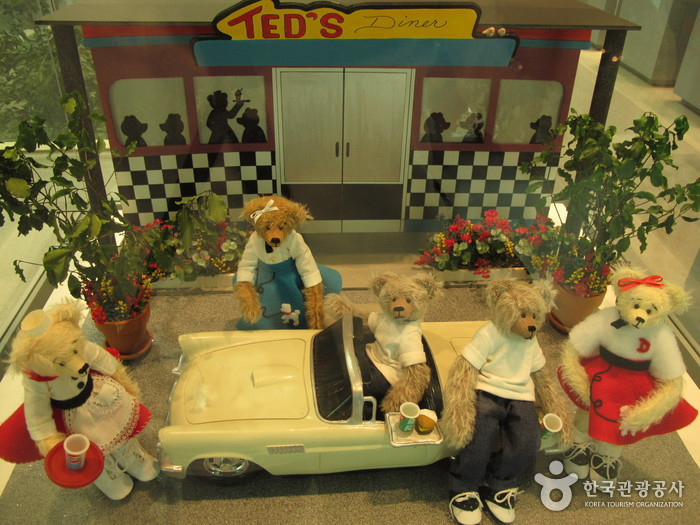 Teddy Bear Museum photo via VisitKorea