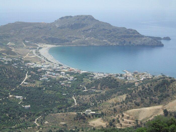 View of Plakias bay by Guy Hamilton via Wikipedia CC