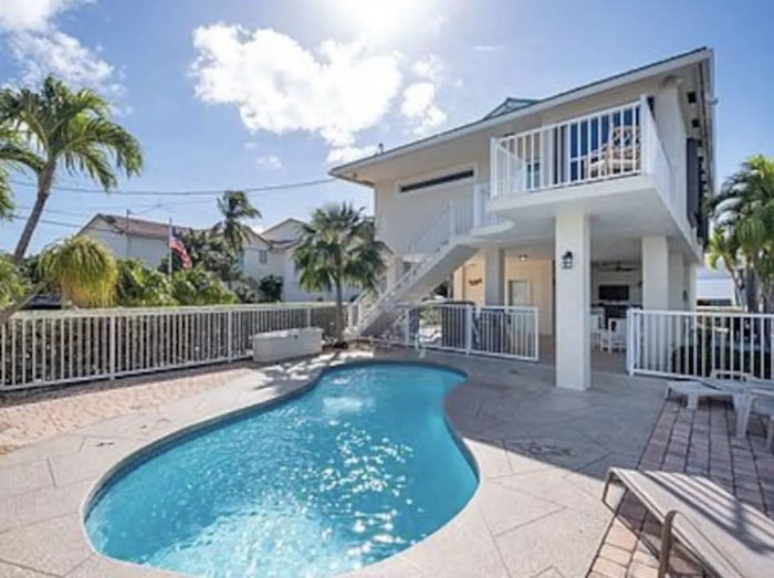 Airbnb home rental Located in Lower Matecumbe Key