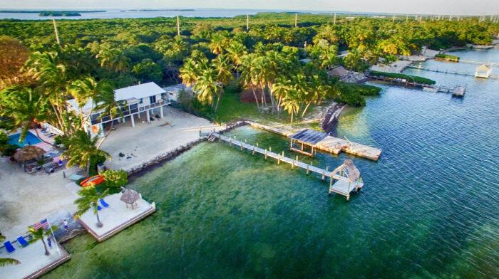Best Airbnbs in Islamorada Florida Keys images via DepositPhotos