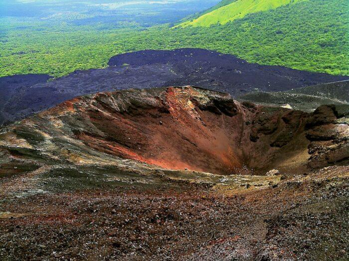 Cerro Negro Nicaragua by NicaPlease via Wikipedia CC