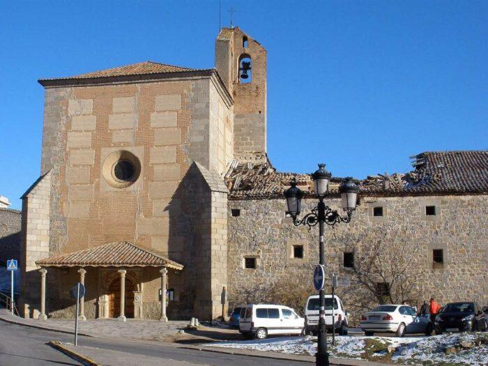 Convent of the Clarisas Mothers Las Gordillas by Zarateman via Wikipedia CC