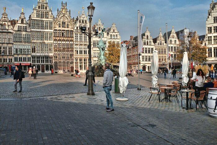 Grote Markt Antwerp by Julien Grandgagnage via Wikipedia CC