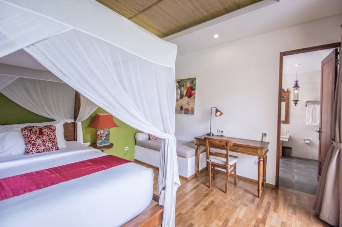 Holiday Honeymoon Villa Airbnbs with Private Pool in Ubud
