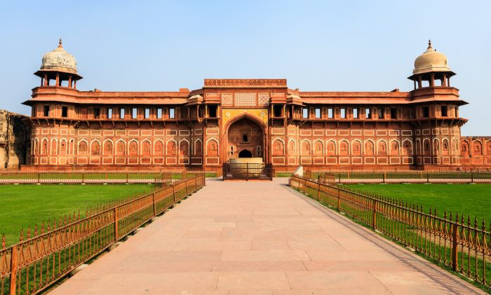 Jahangiri mahal palace photo via Depositphotos