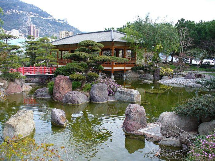Japanese Garden in Monaco by Parisette via Wikipedia CC