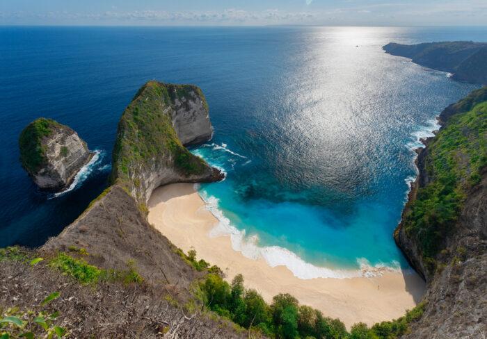 Kelingking beach at Nusa Penida Island of Bali photo via Depositphotos