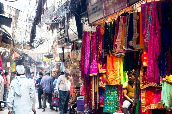 Kinari Bazaar India via Depositphotos
