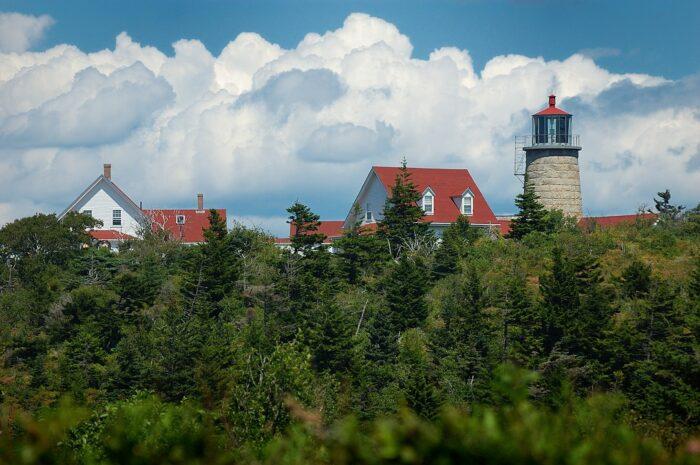 Lighthouse and Museum on Monhegan Island by logdka via Wikipedia CC