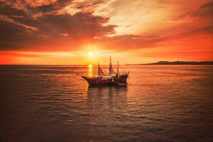 Marigalante Pirate Boat, Puerto Vallarta, Mexico by Alonso Reyes via Unsplash