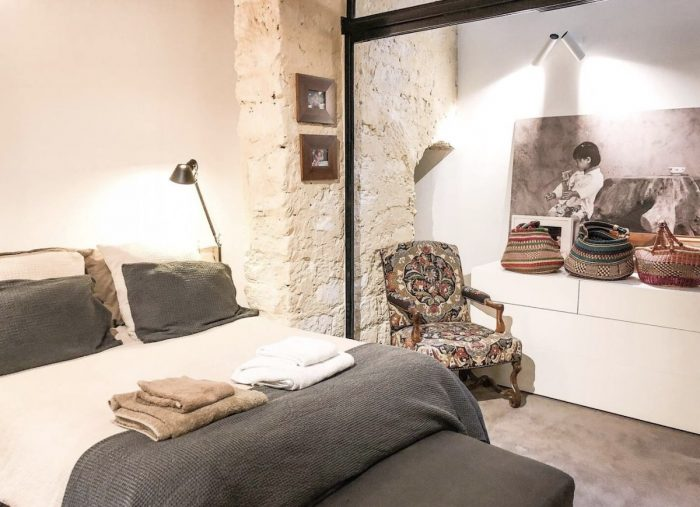 Modern Parisian apartment rental Jardin du Palais Royal