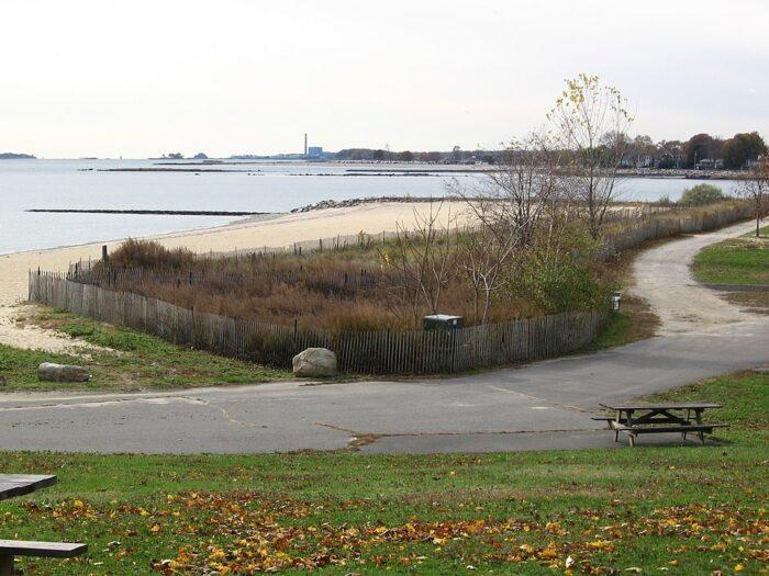 Sherwood Island State Park by Noroton via Wikipedia CC
