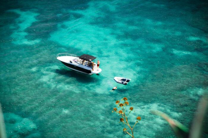 Snorkeling photo via DepositPhotos