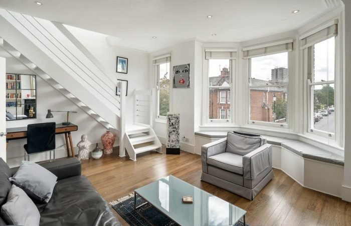 Stylish Living Room Airbnbs in London
