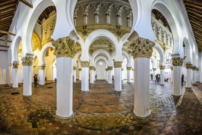 Synagogue of Santa Maria la Blanca image via Depositphotos