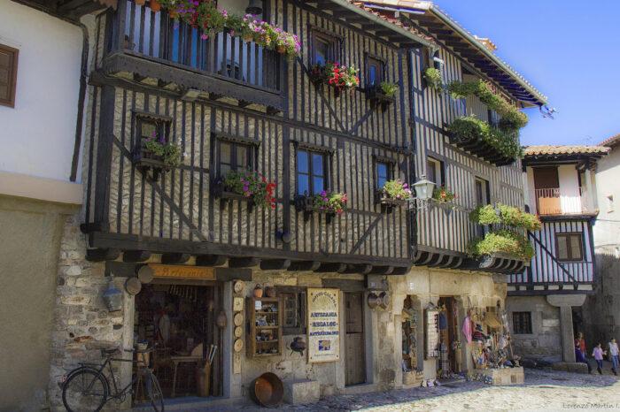 Traditional Houses in La Alberca by Lorenzo Martin Iglesias via Flickr CC